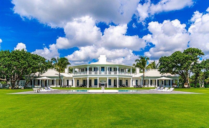 Biệt thự siêu sang của nữ danh ca Celine Dion với lối kiến trúc tinh tế, hiện đại và lãng mạn.