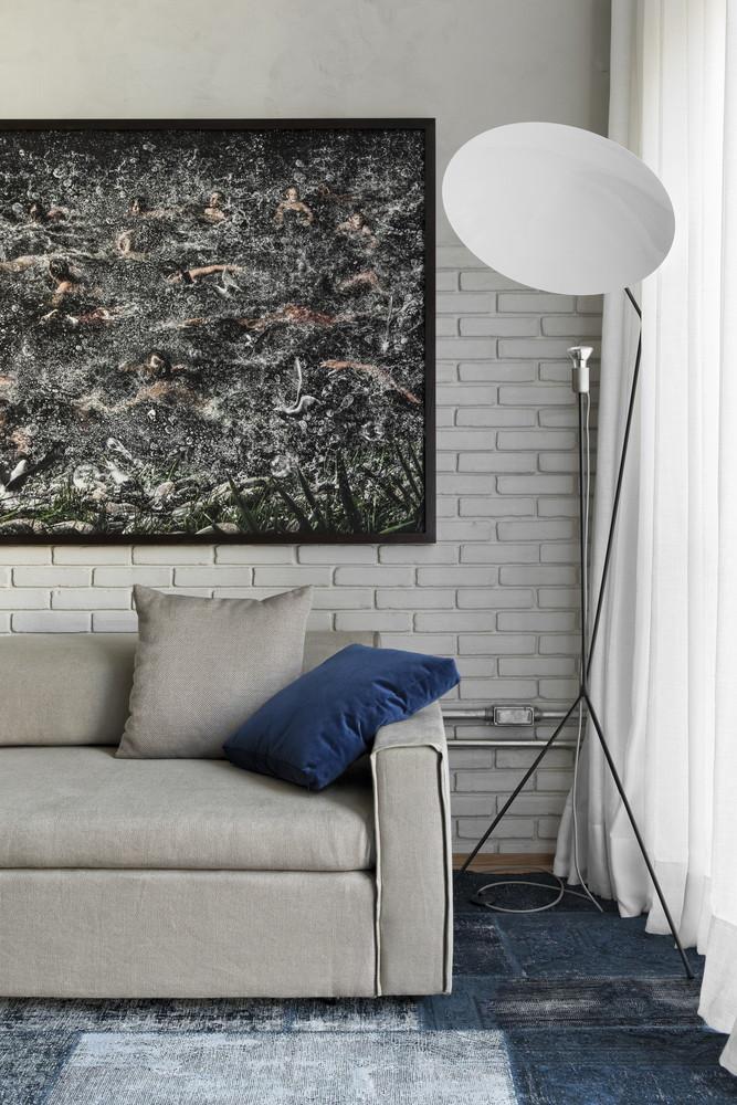 Mọi ngóc ngách của căn hộ đều hướng đến sự tối giản, tinh tế.