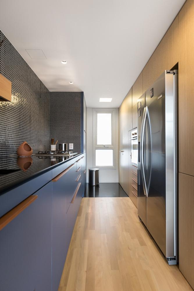 Trong không gian bếp của căn hộ