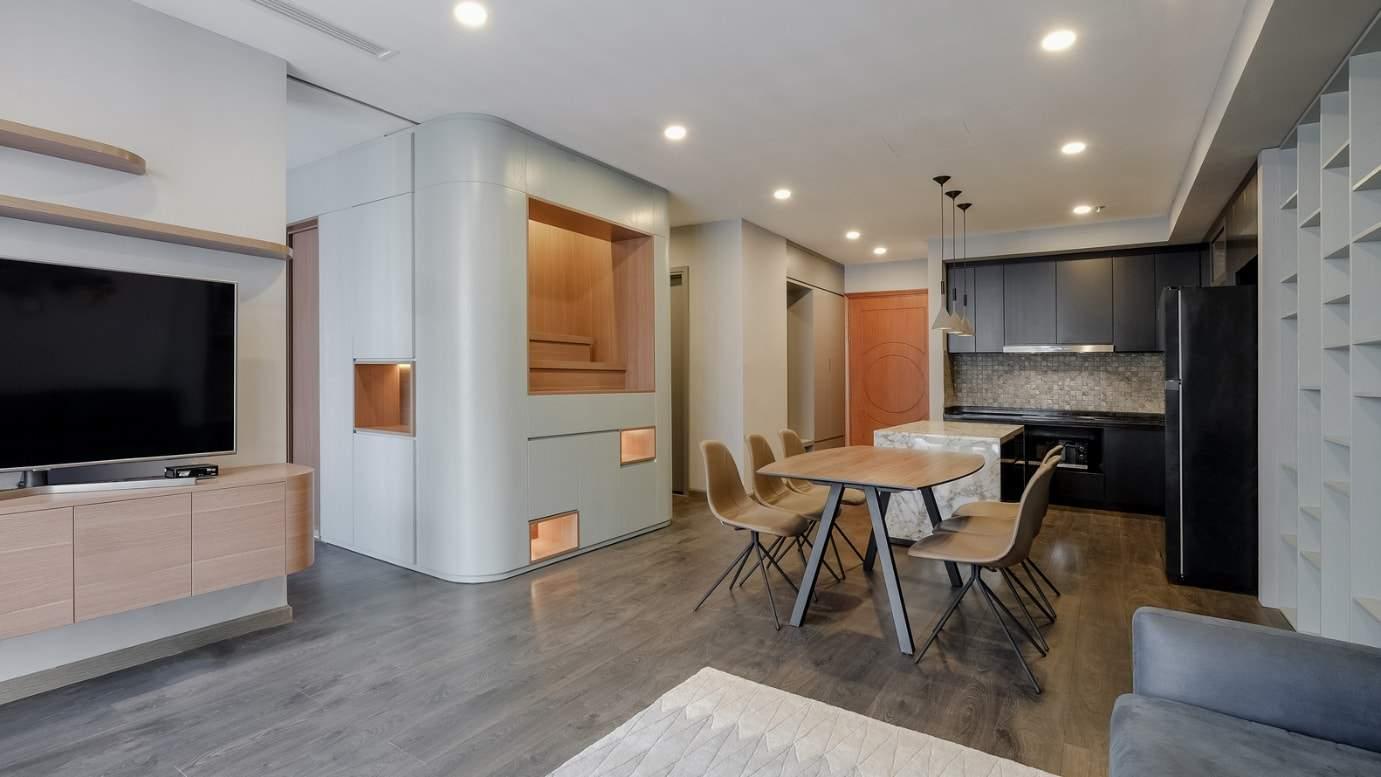 thiet ke hien dai phong khoang cua can ho duoc bao phu boi mau la huong thao - Thiết kế hiện đại, phóng khoáng của căn hộ được bao phủ bởi màu lá hương thảo