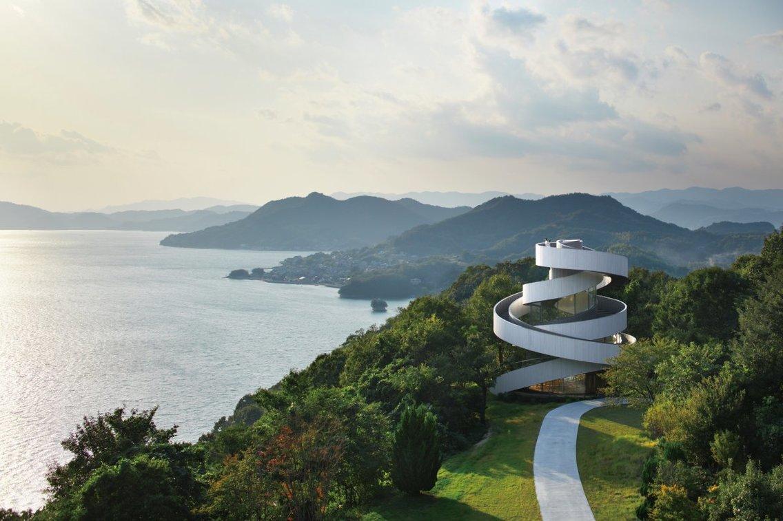 9. Nhà nguyện Ribbon Onomichi, Nhật Bản