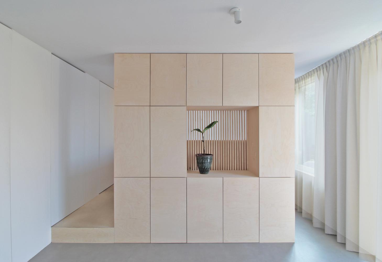 Căn nhà tuy nhỏ nhưng không gian vẫn rất rộng rãi và thoáng