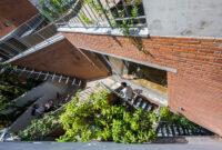 Không gian tiện nghi đặc biệt trong ngôi nhà chưa tới 140m2 giữa lòng Sài Gòn
