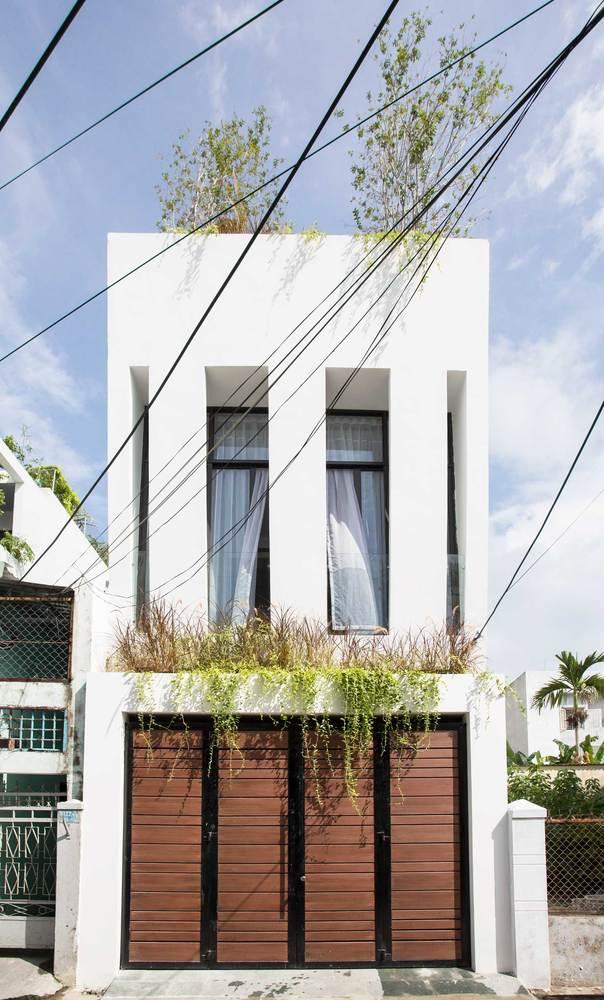 Ngôi nhà với chiều ngang hẹp, chỉ khoảng 3-4m