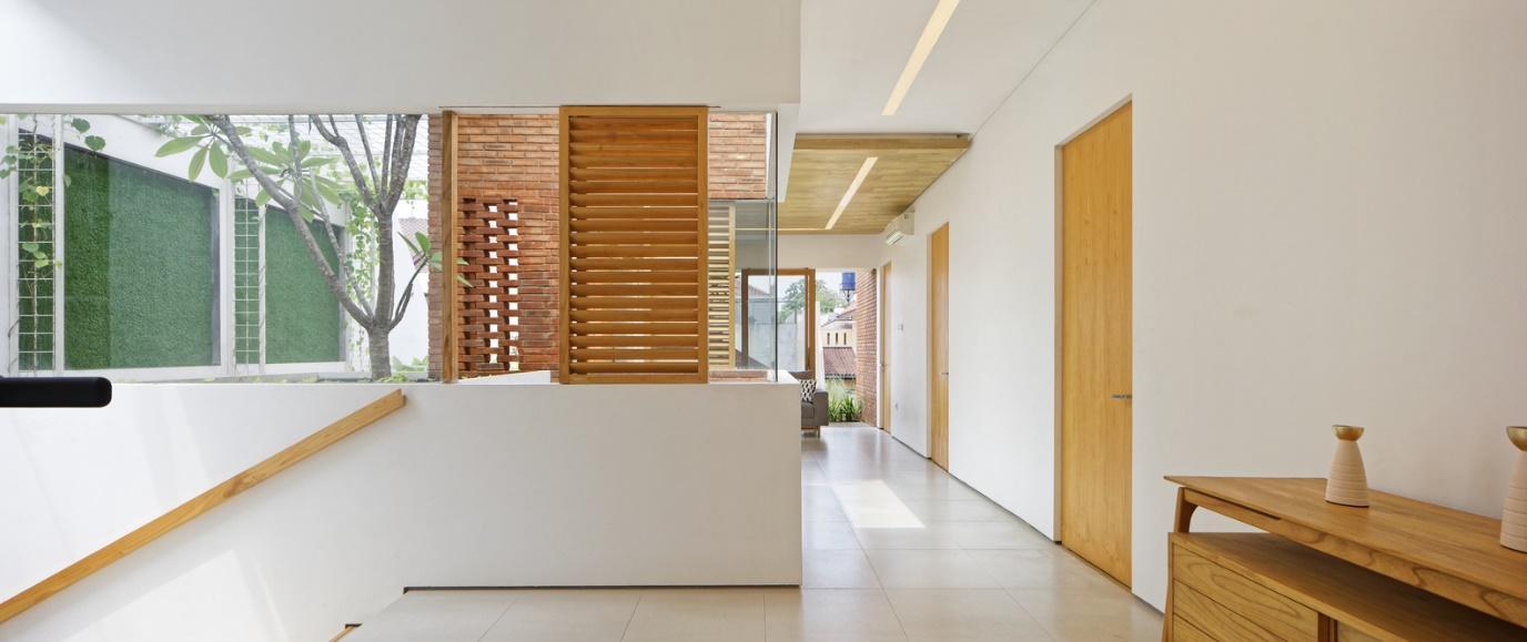 Ngoài gạch, gỗ cũng là vật liệu được ưu tiên sử dụng