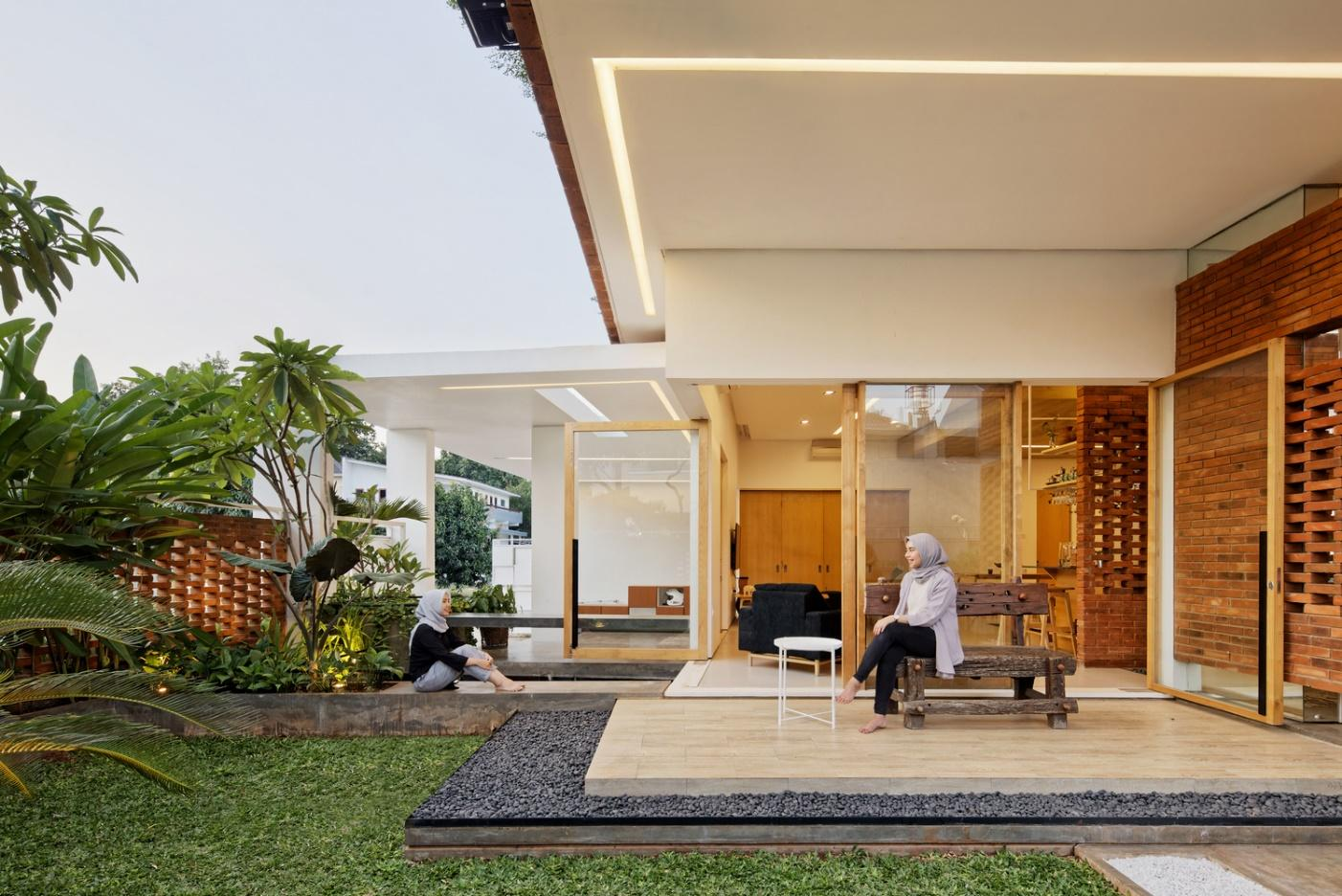Cấu trúc căn nhà giúp mọi người dễ dàng tương tác với nhau.