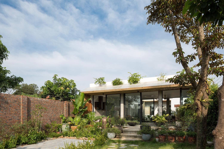 Chiêm ngưỡng căn nhà một tầng đẹp như biệt thự cao cấp ngay tại Thạch Thất - Hà Nội
