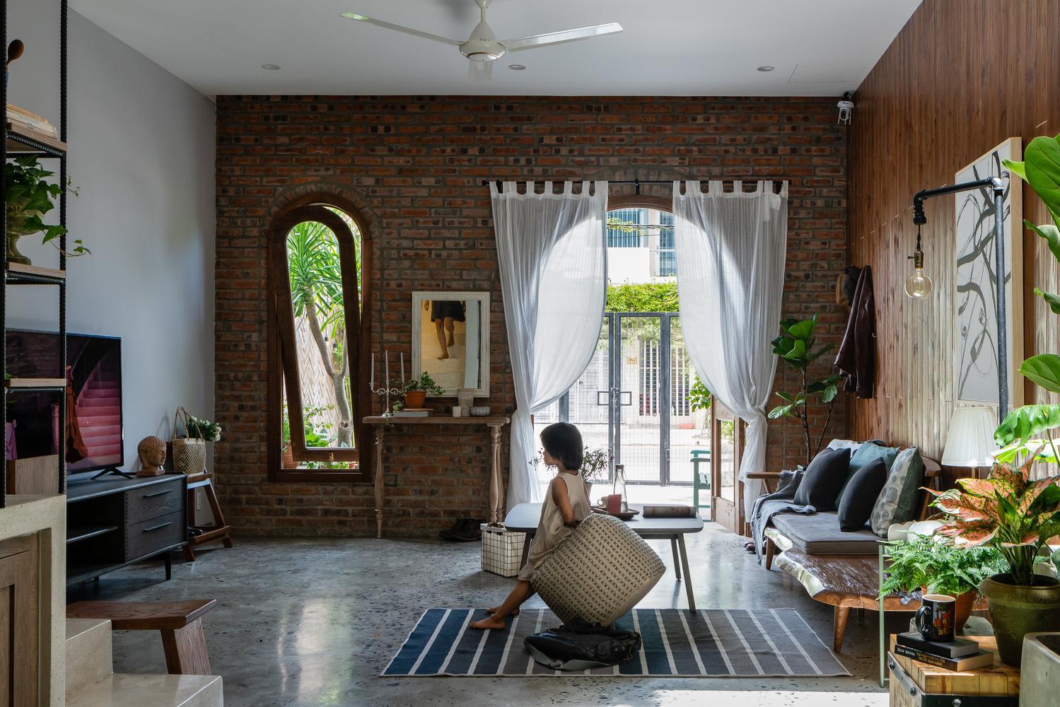 kham pha ngoi nha dac biet tai da nang thu hut moi anh nhin 5 - Khám phá ngôi nhà đặc biệt tại Đà Nẵng thu hút mọi ánh nhìn